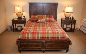 Majestic Pines Guest Room